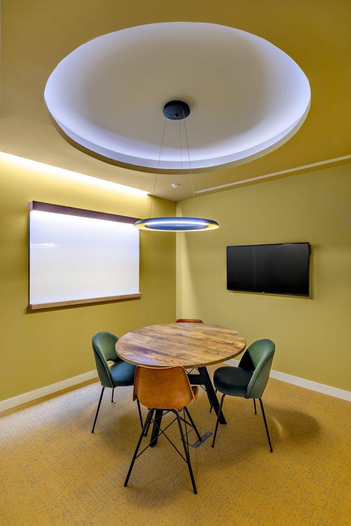 idoia otegui utopicus coworking oficina flexible arquitectura reforma madrid francisco silvela 8