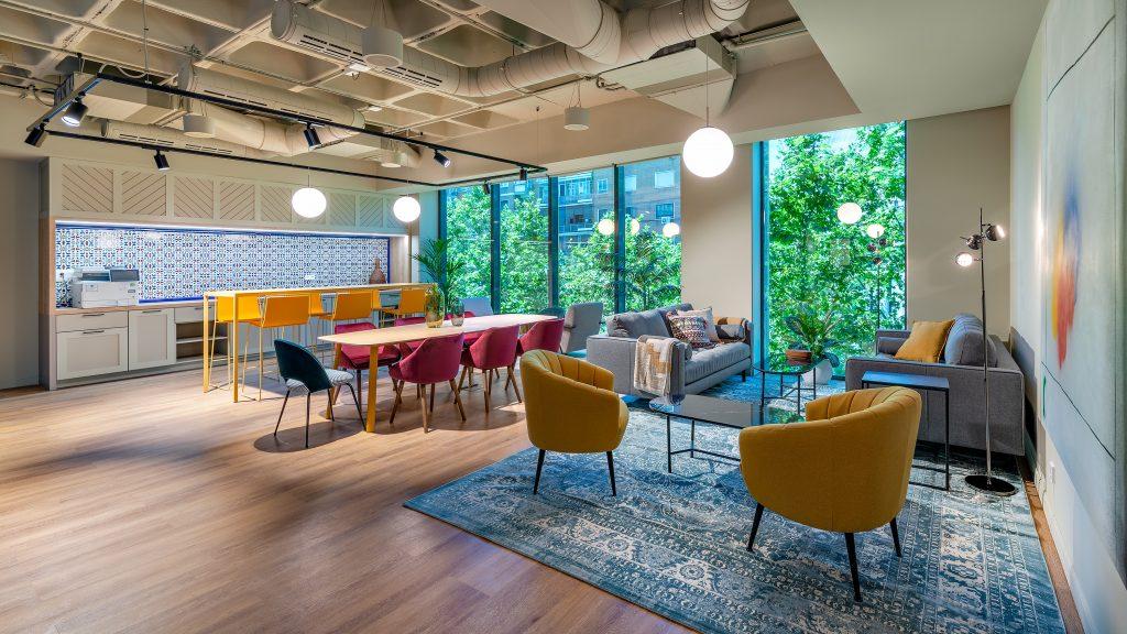 idoia otegui utopicus coworking oficina flexible arquitectura reforma madrid francisco silvela 12