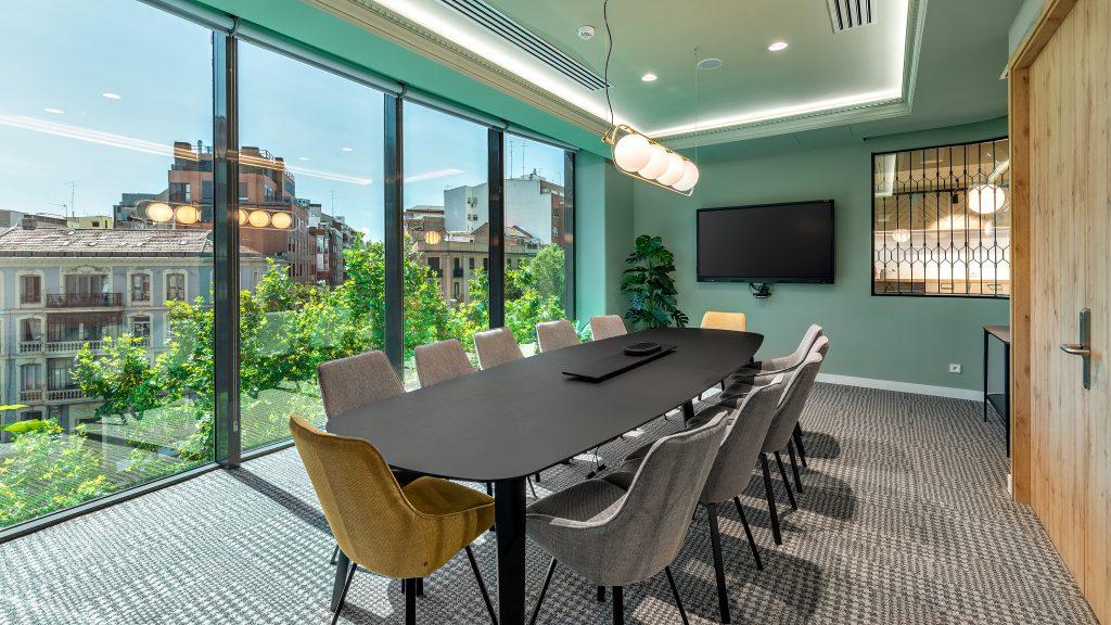 idoia otegui utopicus coworking oficina flexible arquitectura reforma madrid francisco silvela 18