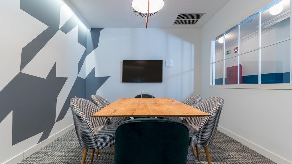 idoia otegui utopicus coworking oficina flexible arquitectura reforma madrid francisco silvela 46